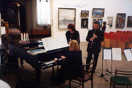 Przygotowania do koncertu - Gołda Tencer, Dariusz Falana - klarnet, Teresa Wrońska - fortepian